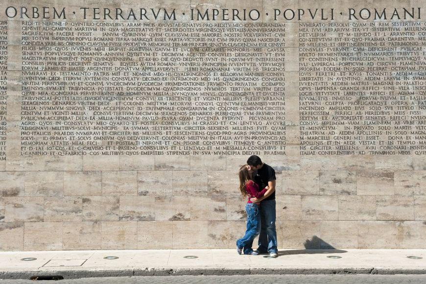 Jeune couple, Rome, Italie