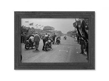 Tourist Trophy, prêt pour la Course, série limitée 1/8